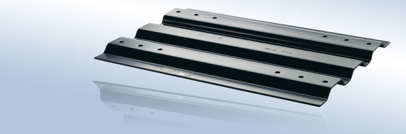 """Mounting plates for 2"""" fifth wheel couplings"""